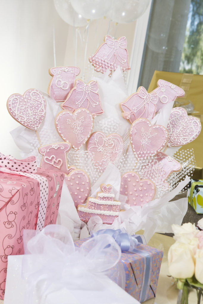 Decoration and presents at bridal shower