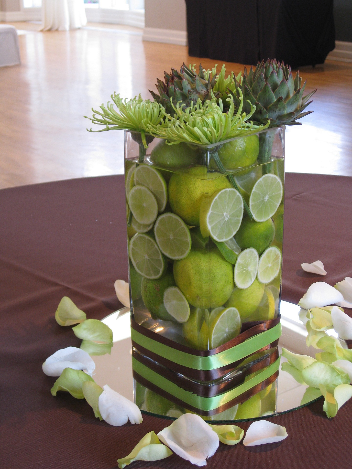 Non Floral Wedding Centerpiece Ideas The 228 In Sterling Event