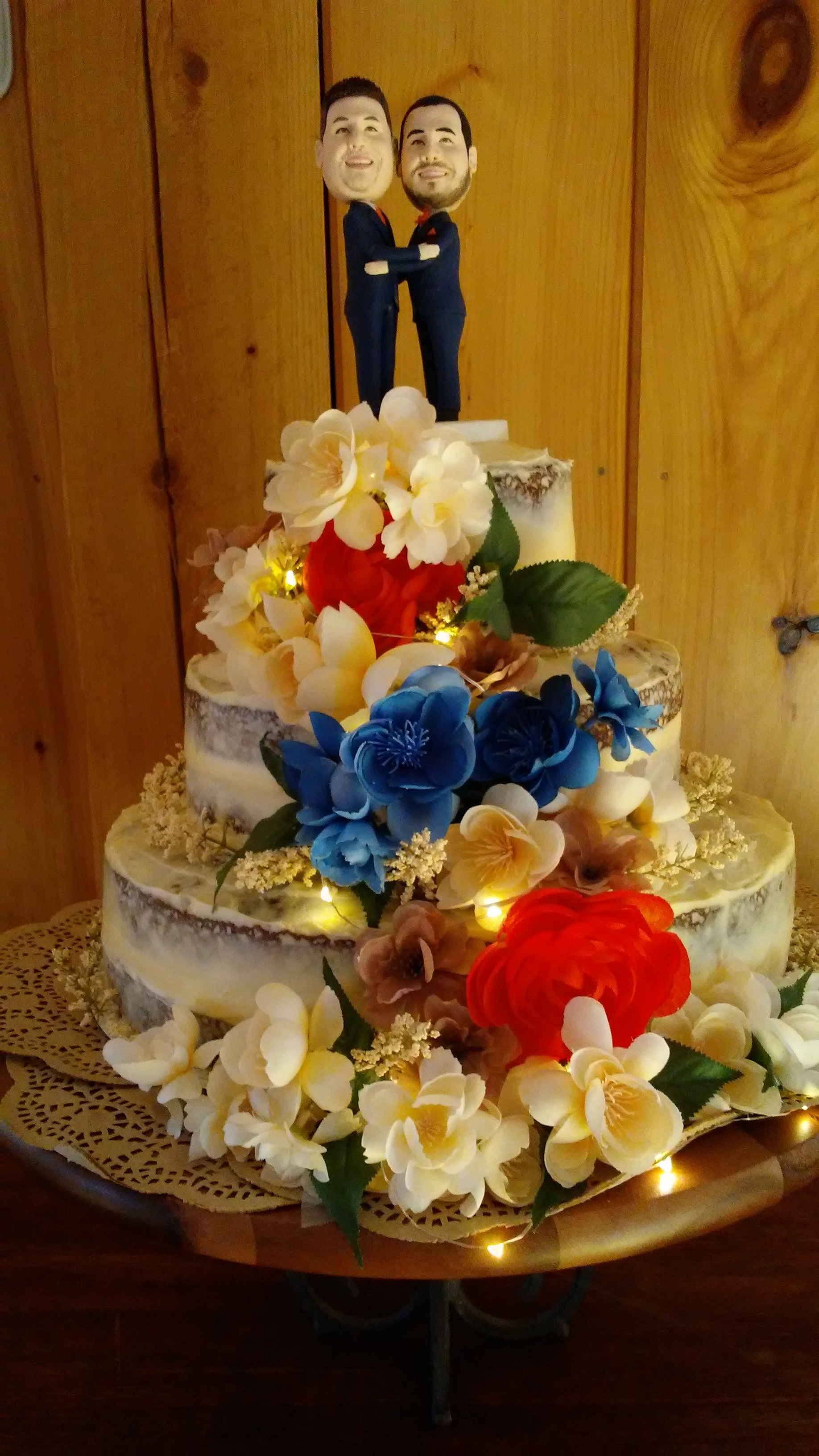 wedding cake at The 228