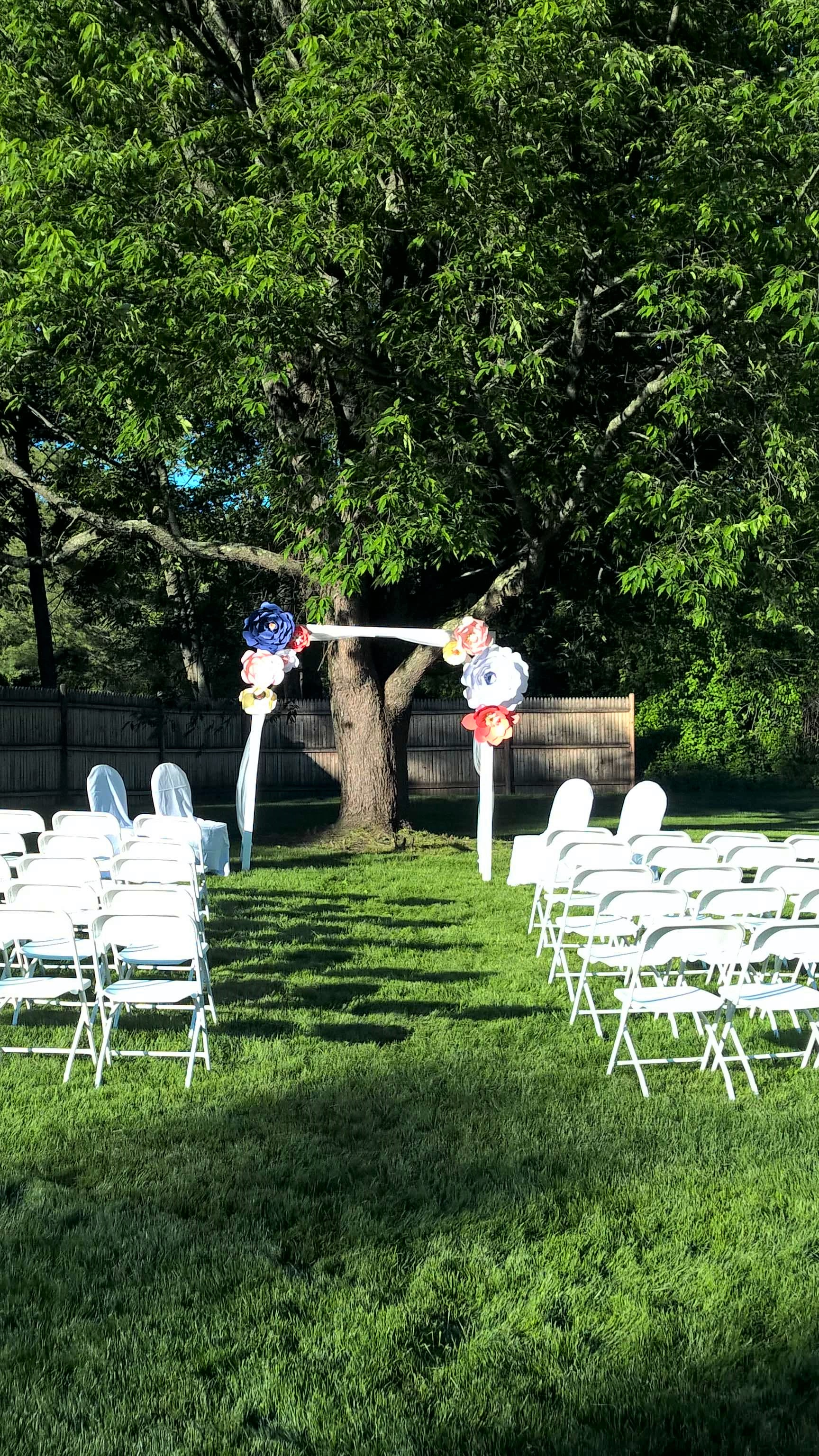 An outdoor wedding can be an eco-friendly wedding